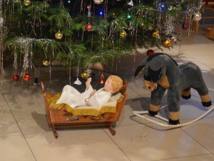 Jasličková pobožnosť 2016 (Detská Biblia a viacej malých hercov)