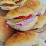 Vynikajúce čerstvé zemiakové pagáče pripravené deň vopred (vhodné aj na domáci plnený mini-burger)