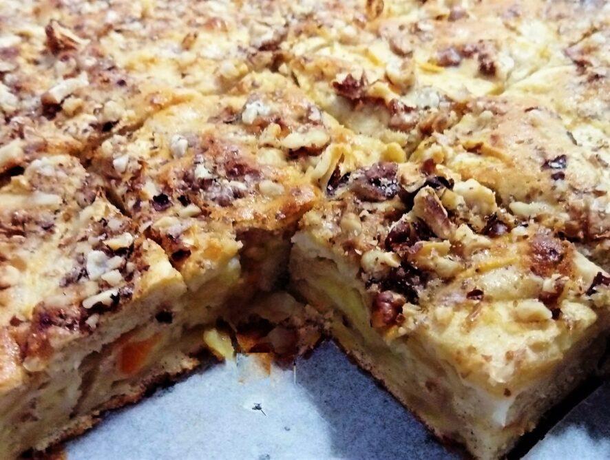 Pečieme s deťmi - šťavnatý jablkový koláč